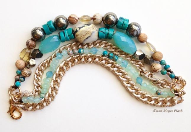 braceletGoldChTresa